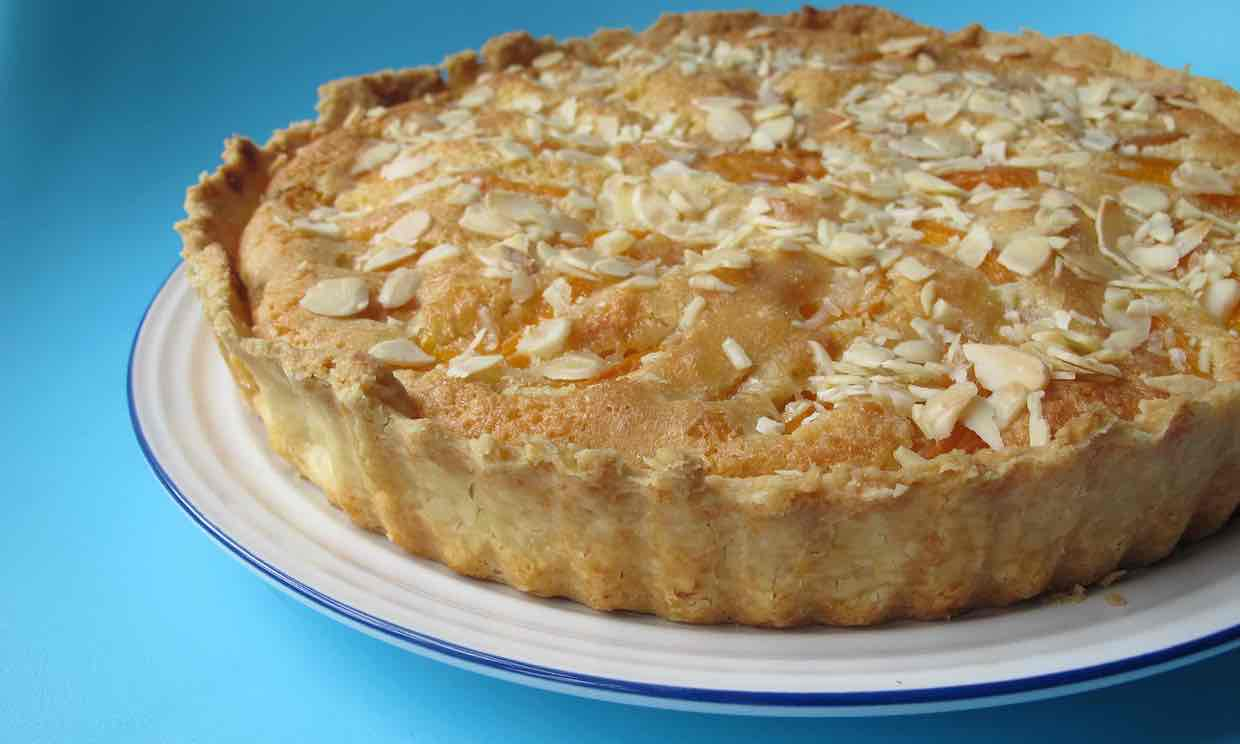 bens-farm-shop-apricot-tart